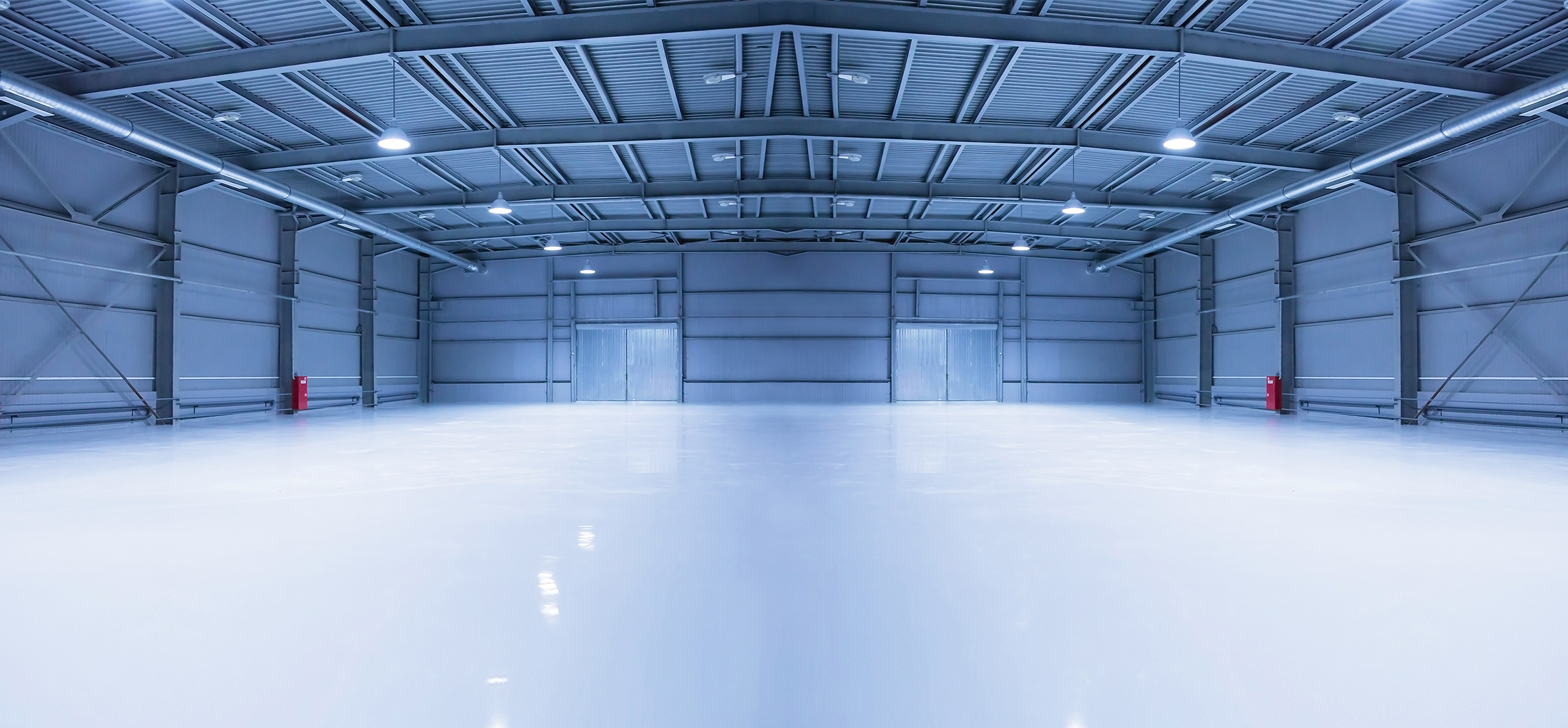 Bramy szybkobieżne dla obiektów przemysłowych.